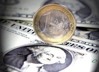 2011-01-12-3574_0_22_dollar_euro_450-450x330