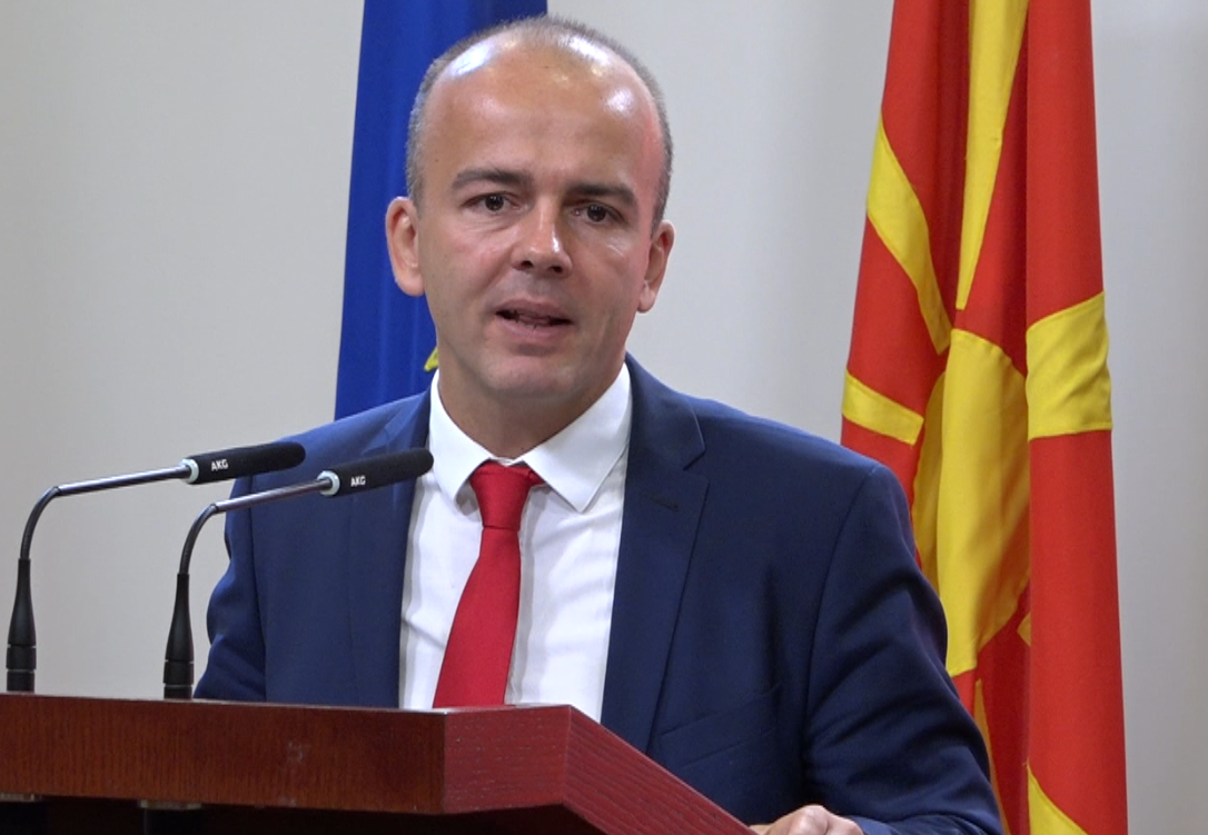 Еврокомесарот за финансиски прашања го поздрави унапредувањето на фискалната транспарентност во земјата
