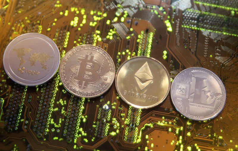 Правни експерти за Биткоин и други криптовалути