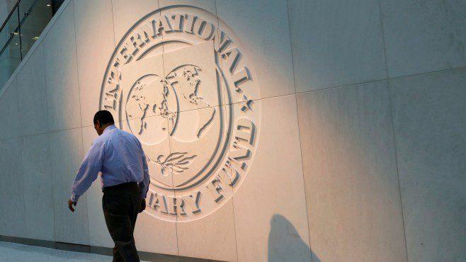 ММФ: Светската економија е далеку од рецесија