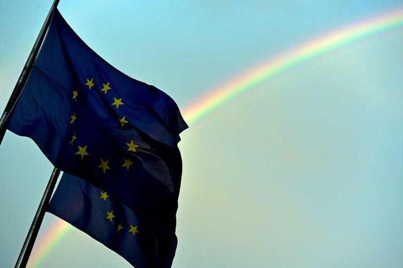 ЕУ го зголемува притисокот врз Кина