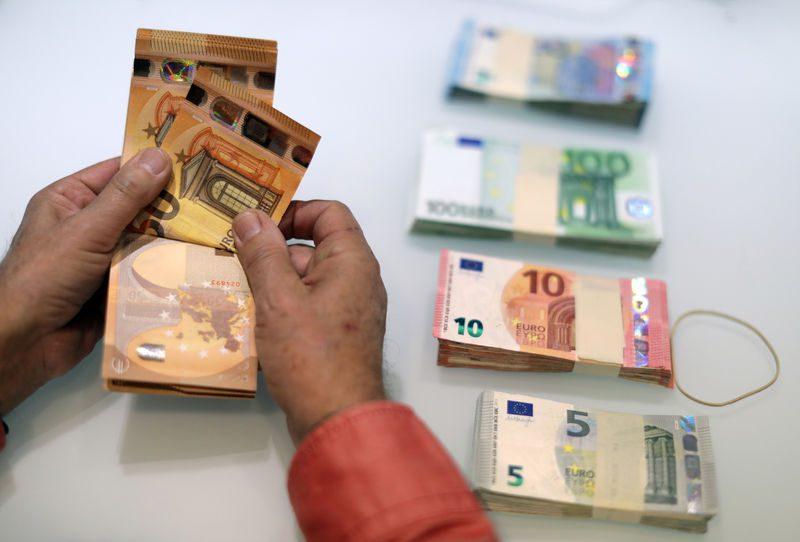 ЕУ ќе се заложи за посилна улога на еврото во светската економија