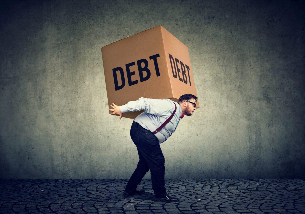 """Пандемијата го принуди светот да """"живее"""" на кредит!"""