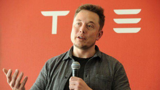Илон Маск го престигна Ворен Бафет на листата на најбогатите