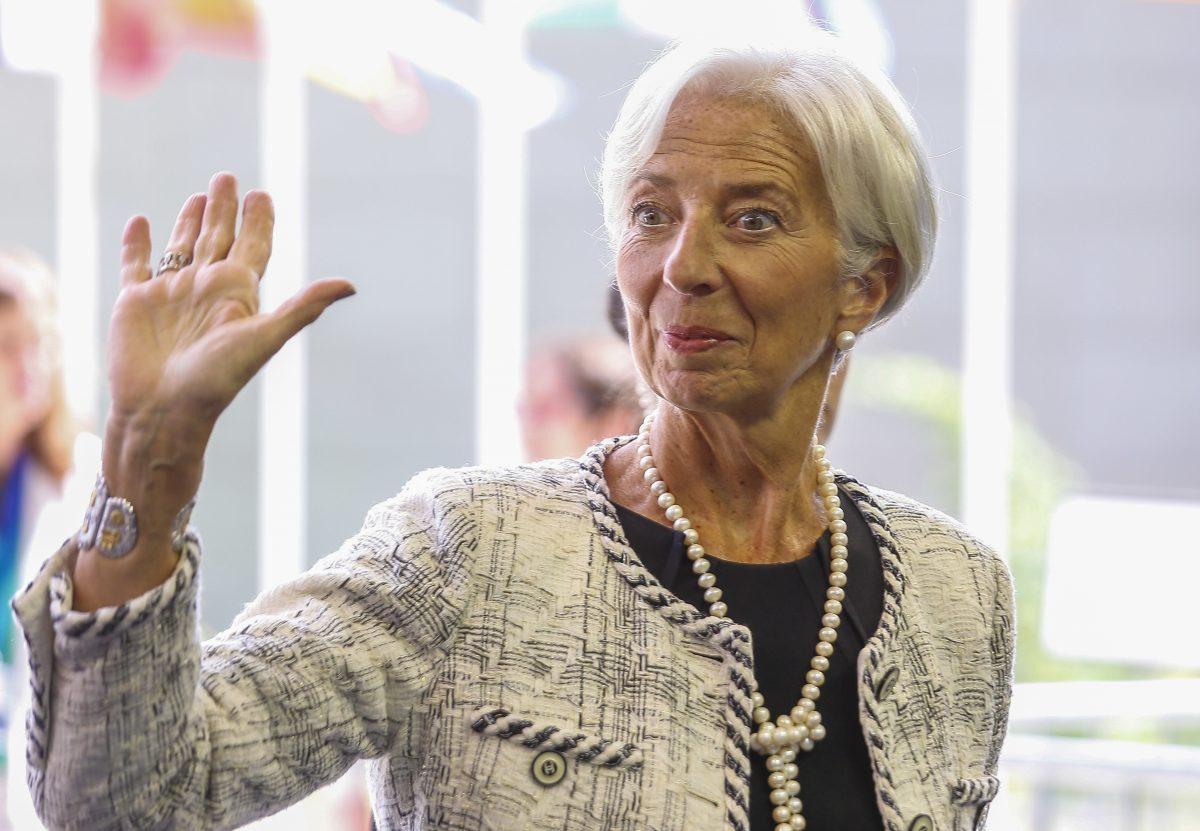 Лагард: Европа не смее да ја пролонгира распределбата на 750 милијарди евра од фондот за санација на економијата