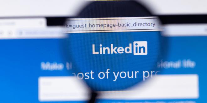 """LinkedIn воведува """"пребарувач за работа"""""""