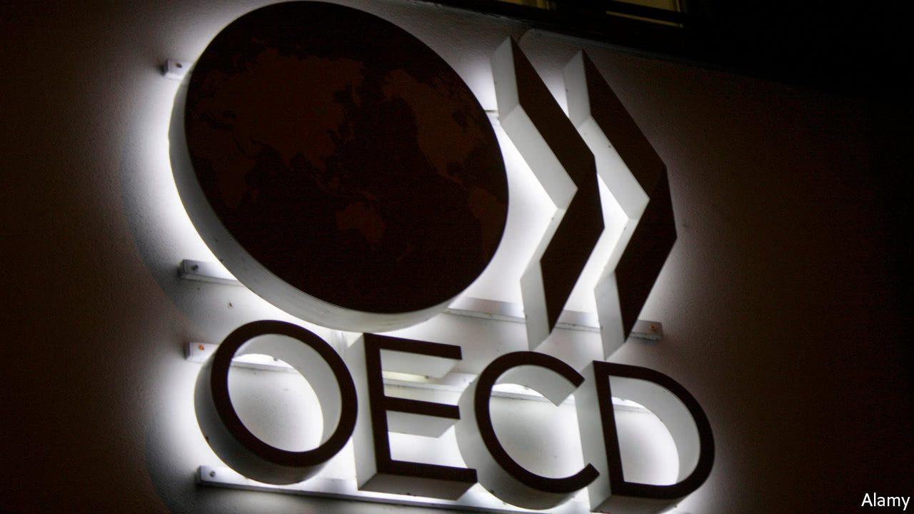 ОЕЦД: Благодарение на вакцините ќе се врати економскиот раст!