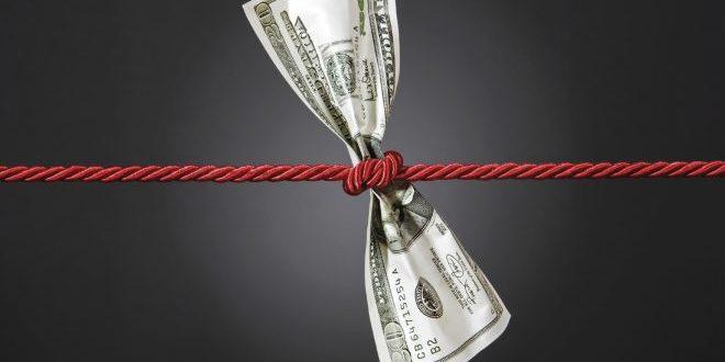 Американска сенаторка предложи посебен данок за многу богати домаќинства и поединци