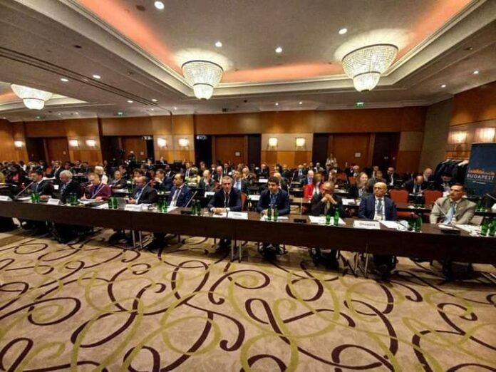 Развојна банка на годишното собрание на Бернската унија: Краткорочното осигурување се враќа во фокусот на компаниите